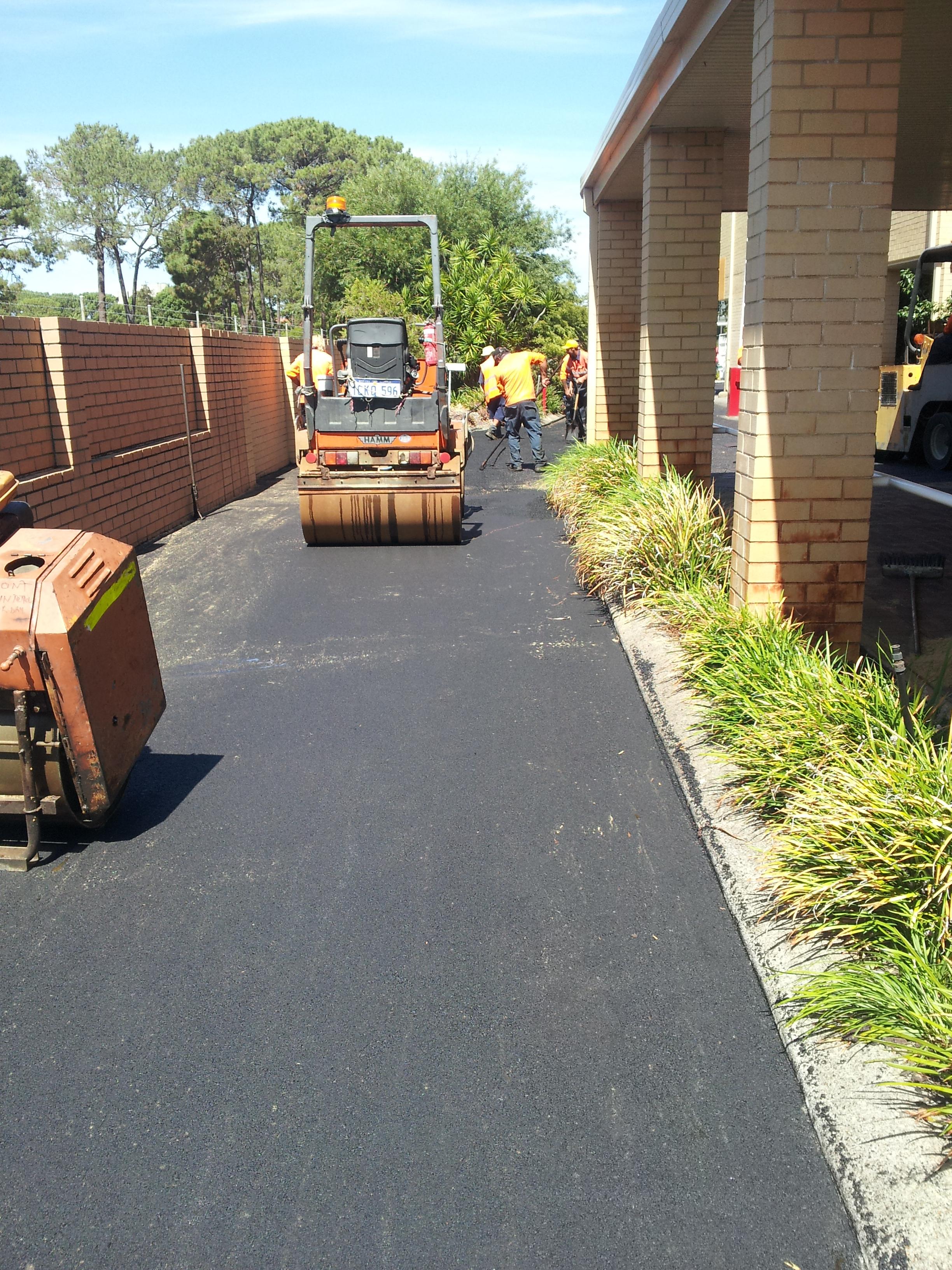 Asphalt driveway Perth